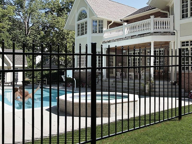 Aluminum fencing options in Massachusetts