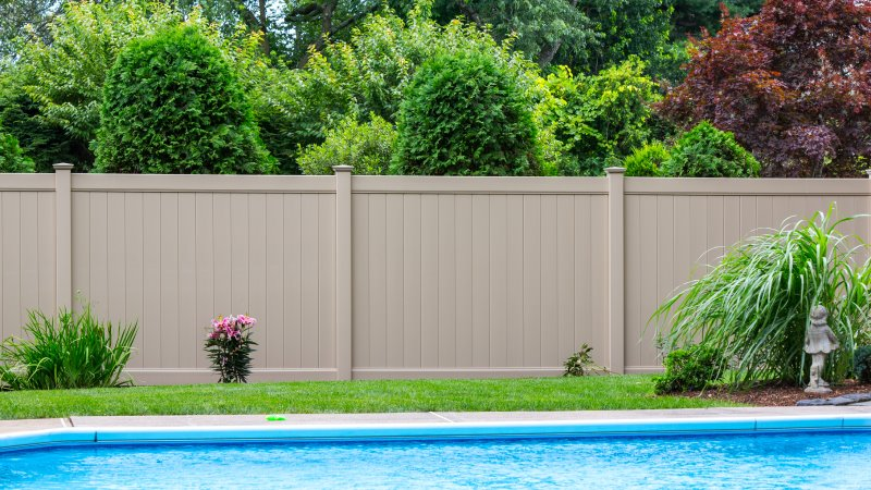 Vinyl pool code fencing in Massachusetts