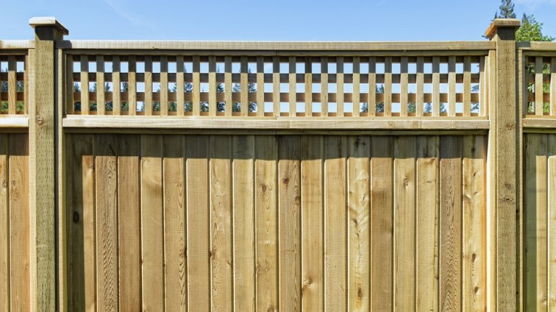 Wood pool fencing in Massachusetts