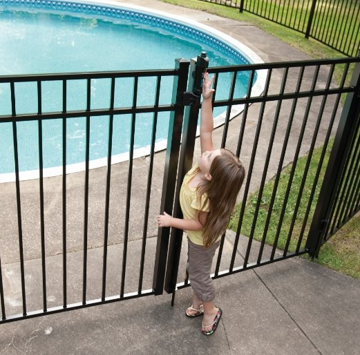 aluminum and vinyl pool fencing requirements in Massachusetts